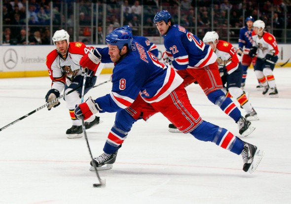 Prust-shot-Mike-Stobe-nyc-partido-hockey