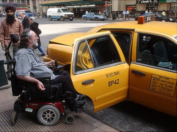 silla de ruedas taxi ny
