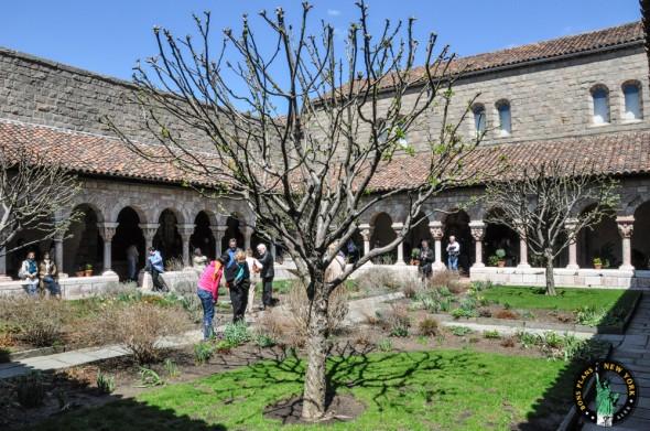 The Cloister NY monasterio