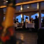 Una cena crucero en un yate alrededor de Manhattan, una noche muy romántica.