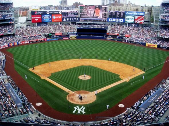Yankee_Stadium_upper_deck