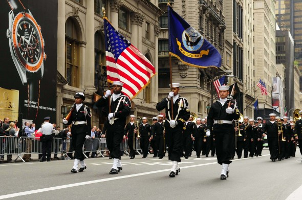 us_navy_081013-n-5758h-061_navy_operation_support_center_bronx_color_guard_leads_the_64th_annual_columbus_day_parade ny