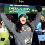 La nochevieja en Nueva York corriendo la Emerald Nuts Midnight Run