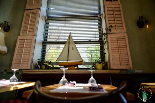 The Jane Hotel Cafe Gitane MPVNY Nueva York 3