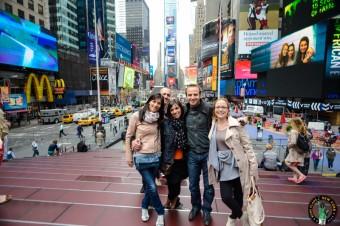 Times square Nueva York en grupo