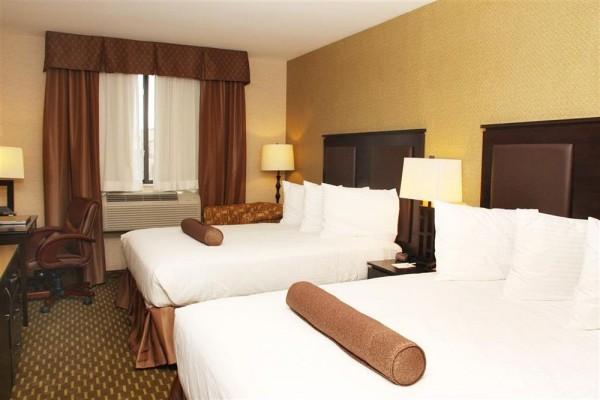 best western plaza long island hotel en Nueva York