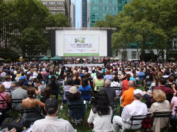 Broadway in Bryant Park 2014 4