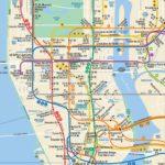 El autobús y el metro con la MetroCard en Nueva York