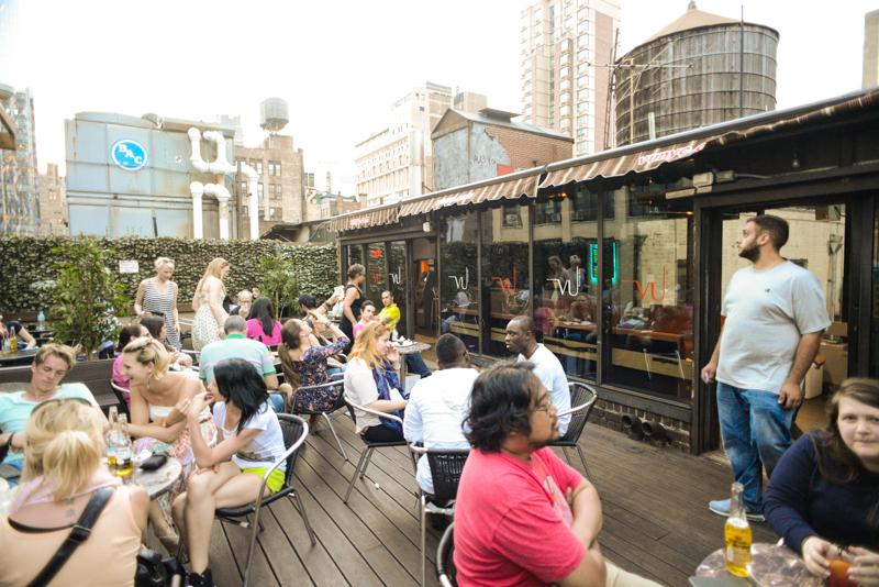 Vu Rooftop Bar Un Peque 241 O Rooftop Muy Cerca Del Empire