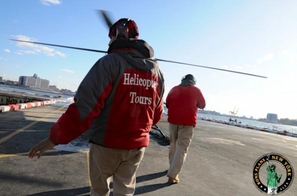 Christmas-in-NY-helicopter-tours-team