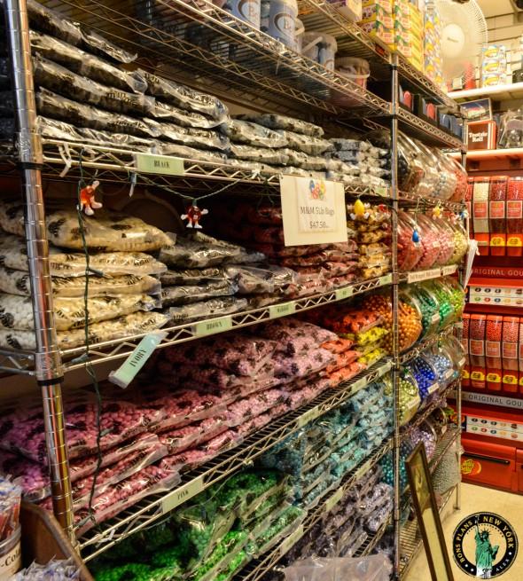 Economy Candy NY pasillos