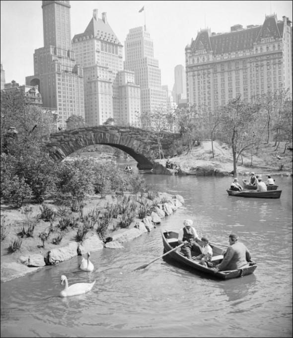 The Pond, Central Park – 1940-hoy