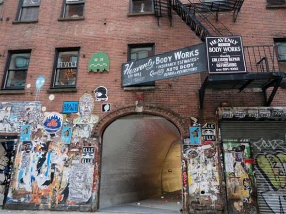 comme des garçons street art NYC