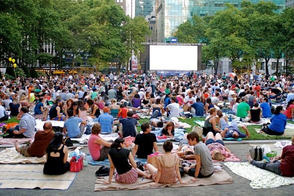Bryant Park Summer Film Festival pantalla