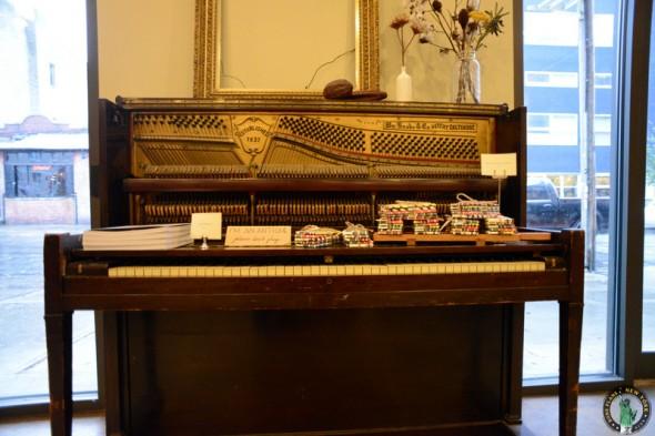 piano Mast Brothers Brooklyn