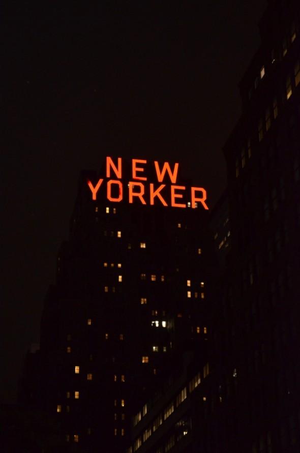 New Yorker de noche MPVNY