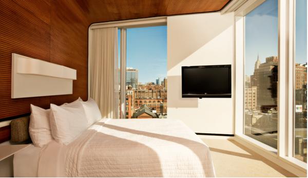 10 Standard Hotel MPVNY
