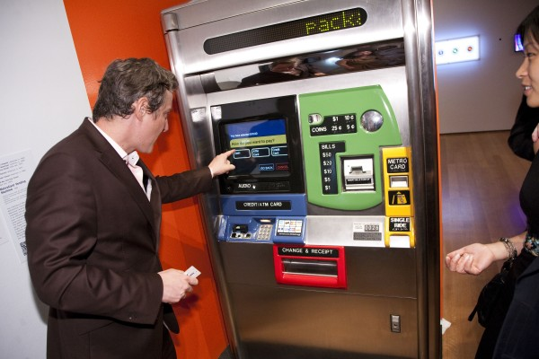 máquina distribuidora Metrocard