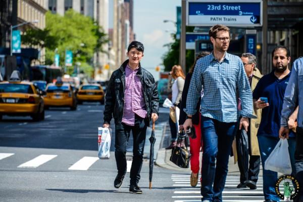 Caminar en la calle seguridad NY MPVNY