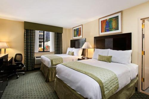 Ramada-Long-Island-City-Room-Photo MPVNY