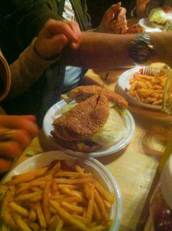Corner Bistro hamburguesas de pollo MPVNY NY