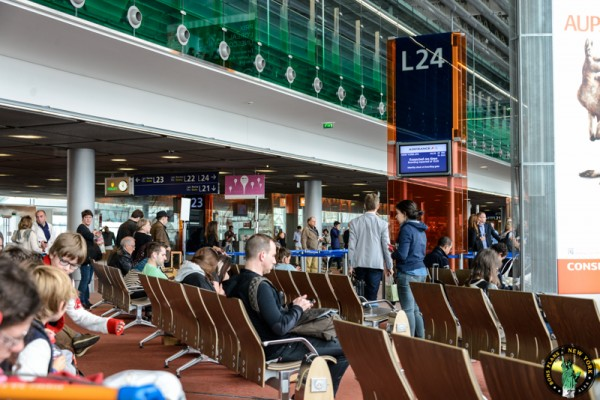 nueva york en grupo sala de espera aeropuerto