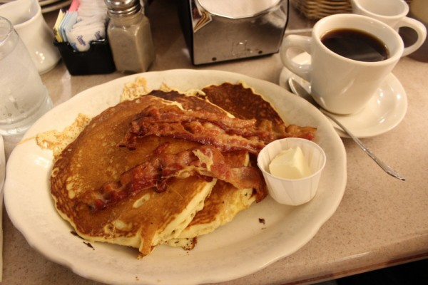 Viand Coffee Shop NY MPVNY pancakes