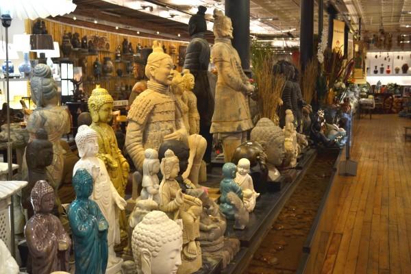 Pearl-River-Mart-NY estatuas
