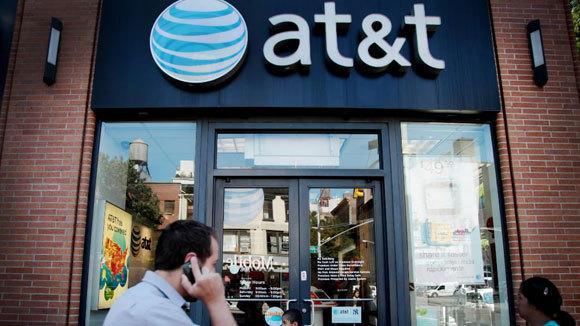 Teléfono móvil en NY 8